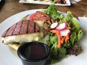 ハワイ島旅行記 ハワイ島のレストラン ワイコロア A-Bay's